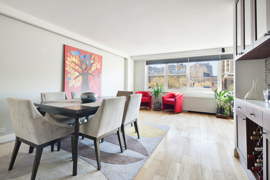 London Towne House, 360 West 22nd St, 6T - Chelsea, New York