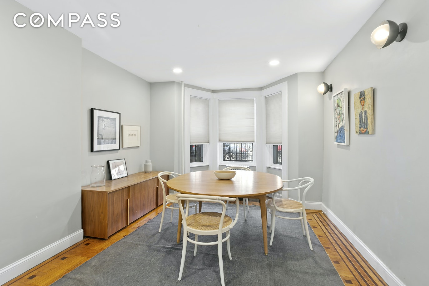 888 Sterling Place Interior Photo