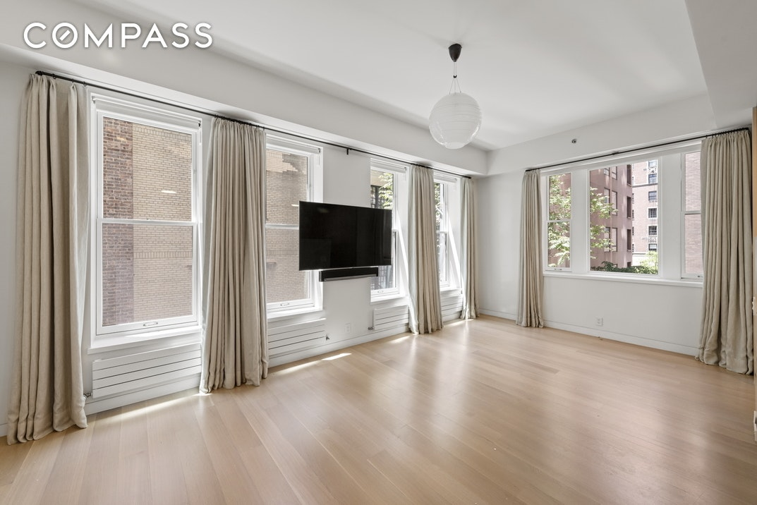 112 East 71st Street Interior Photo