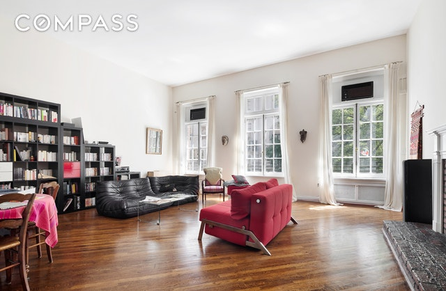45 East 68th Street Interior Photo